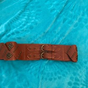 Accessories - Brown cinch belt, size M/L